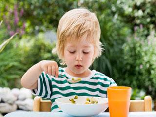 宝宝吃奶粉大便干燥怎么办