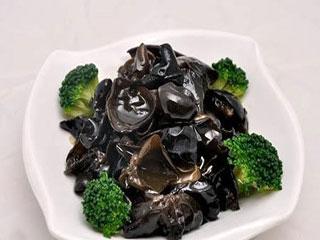 乱炖白菜美味享 营养均衡又简单