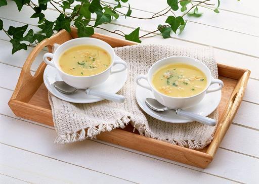 先吃饭还是先喝汤?哪种方式较健康