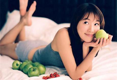 为健康,请注意吃苹果的速度问题