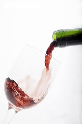 喝红酒还能有这些好处