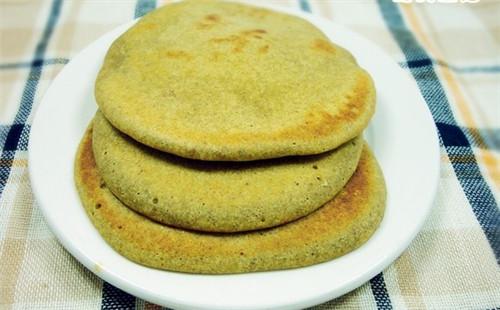 【2020】保健米荞饼的做法
