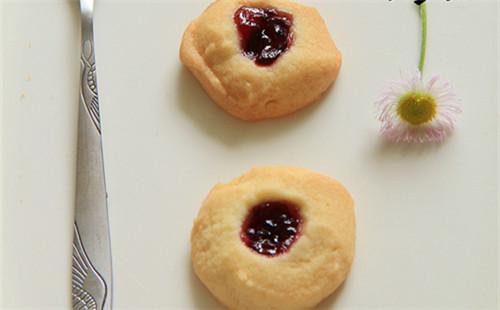 【2020】蓝莓酱可球的做法