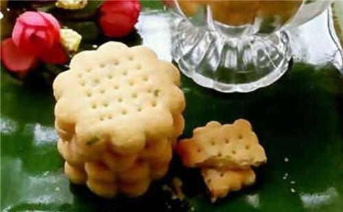 【2020】葱香酥脆饼干的做法