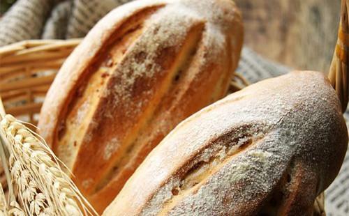 【2020】腌肉布里面包的做法
