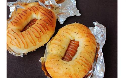 【2020】香草热狗面包的做法